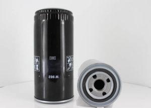 W962 oil filter